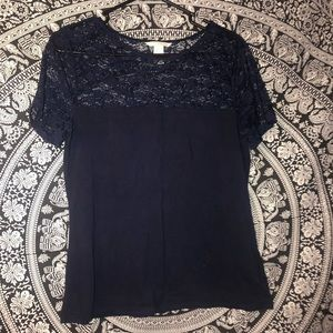 Lacey basic top